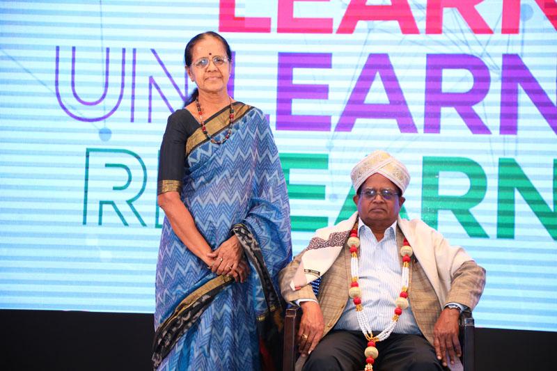 Dr. G.B. Puttannaiah alongwith his wife
